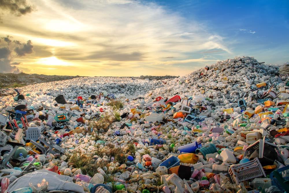 Lejos de reducirse, la producción de plásticos acelera su crecimiento gracias al gas de esquisto
