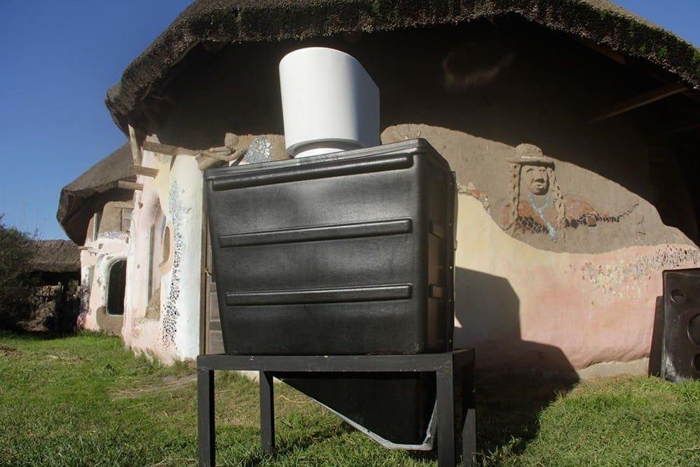 Permapreta, el primer baño seco comercial de la Argentina