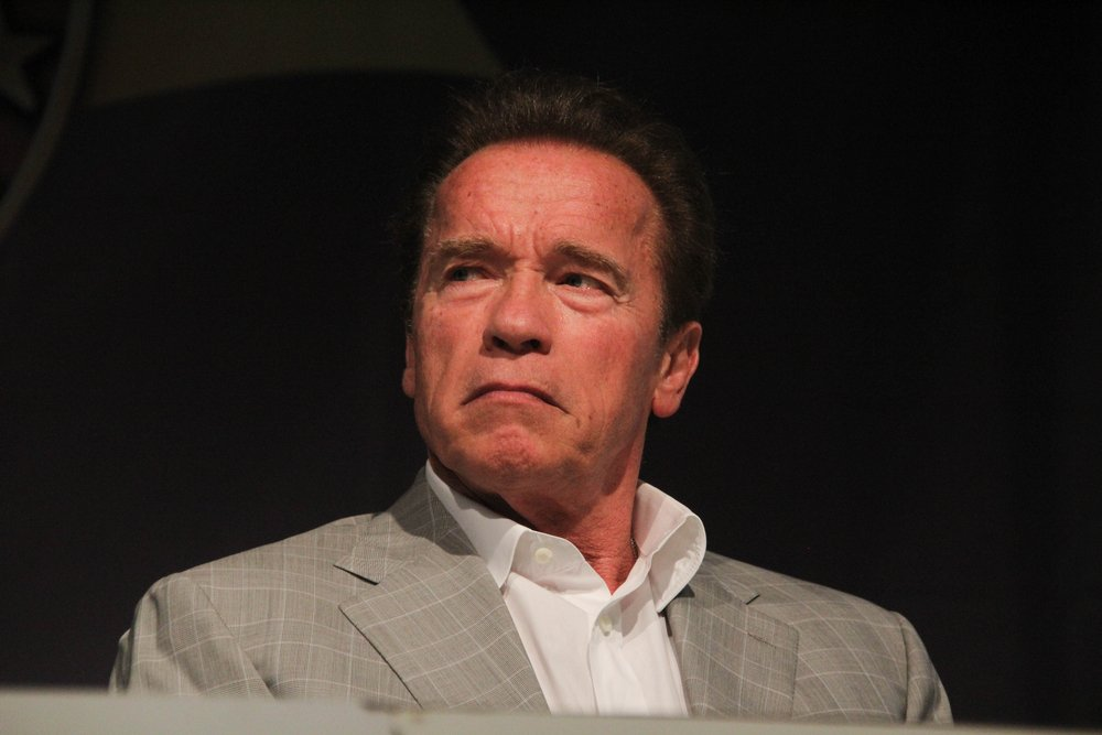 Schwarzenegger quiere demandar a las grandes compañías petroleras por homicidio