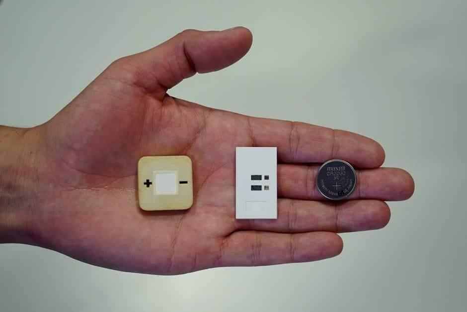 ¿Estarán las pilas del futuro hechas de papel? Este ingeniero mexicano cree que si