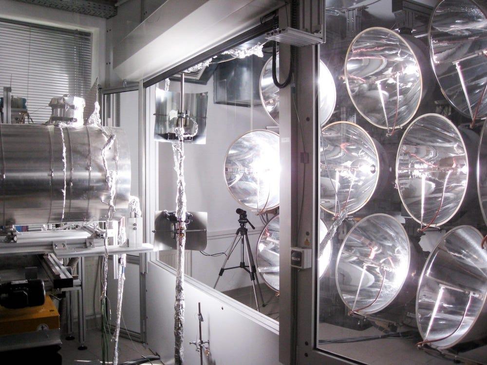 El primer reactor solar para la generación de hidrógeno que funciona incluso de noche