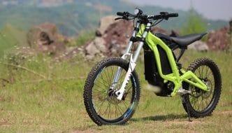 Sur-Ron, nueva moto eléctrica de montaña fabricada en China de precio imbatible