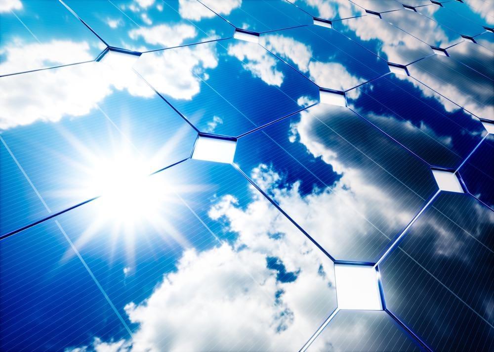 Fotovoltaica de doble cara: la revolución de la energía solar comienza en Italia
