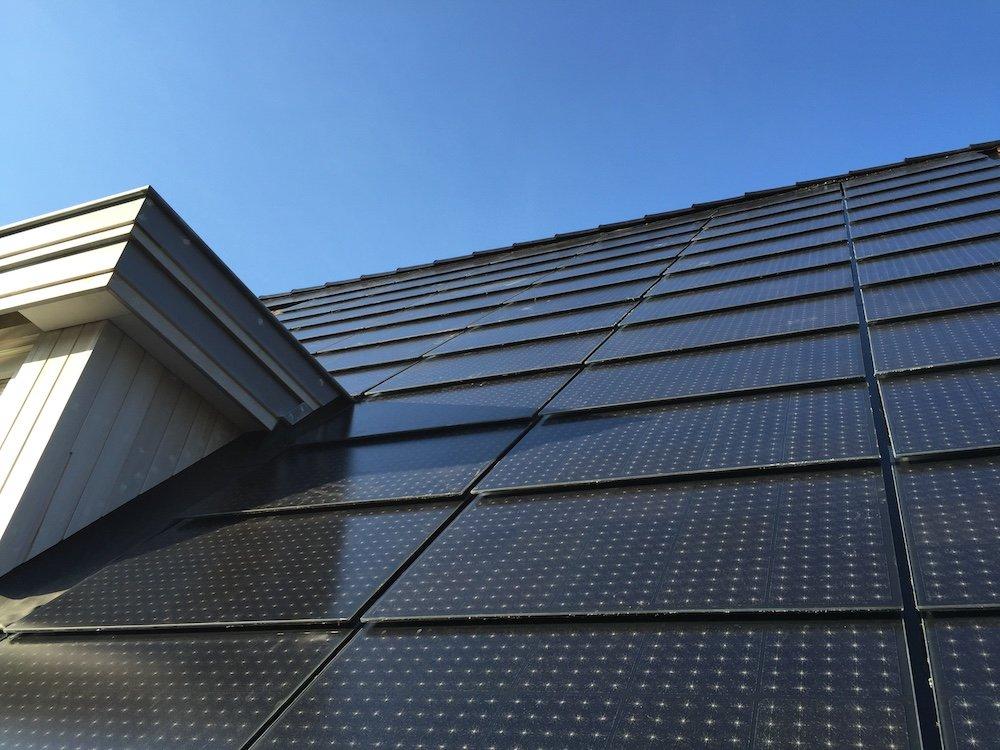 Tejas y fachadas solares