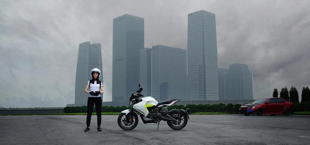 Sur-Ron White Ghost motocicleta eléctrica