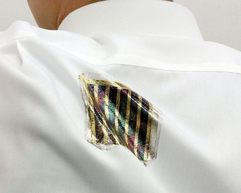 Científicos japoneses crean células fotovoltaicas en forma de parches para la ropa