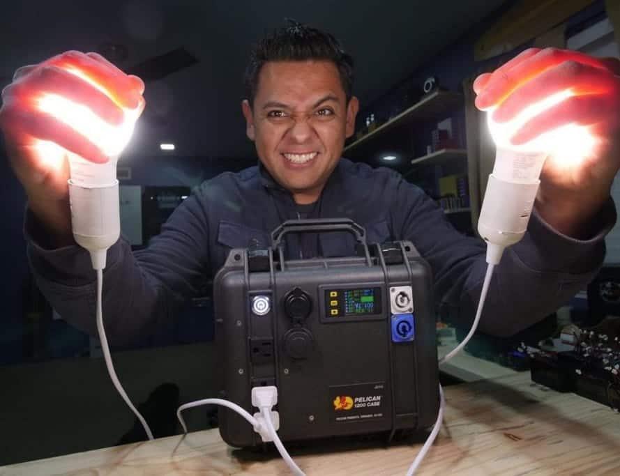 Generador solar casero para el pueblo de Puerto Rico