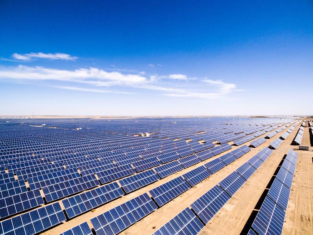 Paneles-solares-desierto