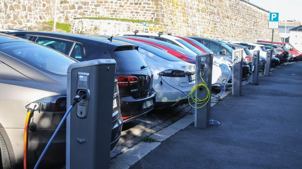 Cropped-carga-coches-electricos-noruega