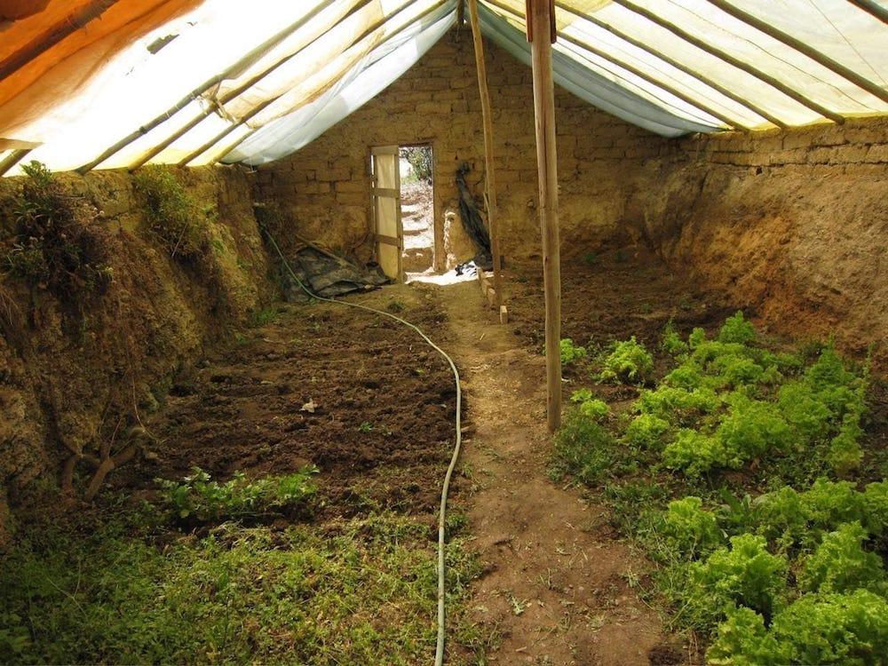 Cómo construir un invernadero subterráneo