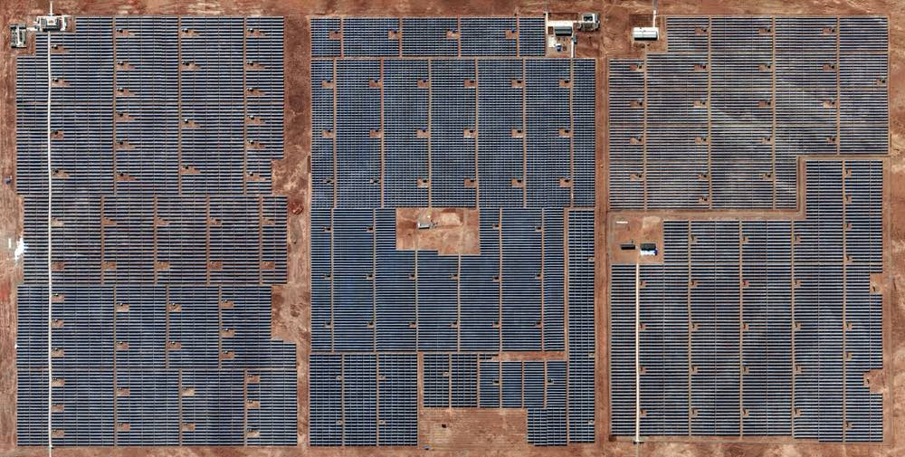 Longyangxia-dam-solar-park-china
