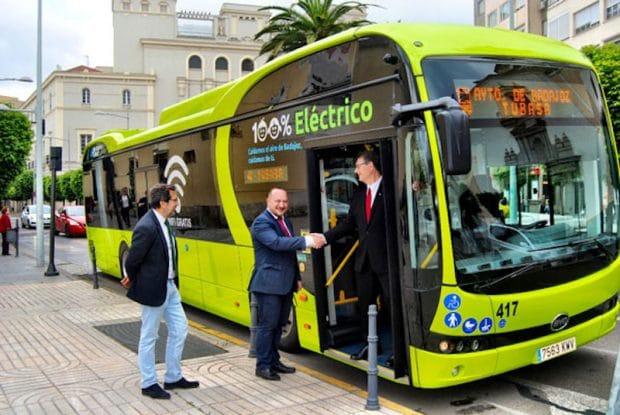 España: Badajoz estrena 15 autobuses eléctricos BYD