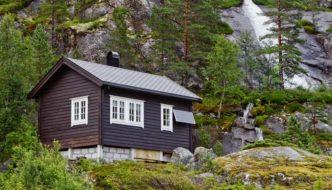 Los hospitales noruegos incorporan cabañas en el bosque en el proceso de curación de sus pacientes