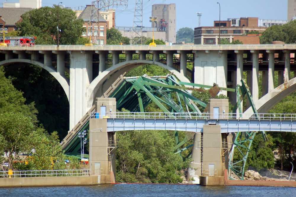 Bridge Collapse in Minneapolis