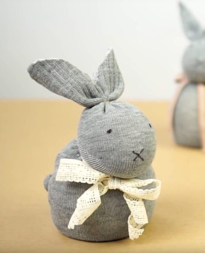 Cómo hacer un conejo con un calcetín