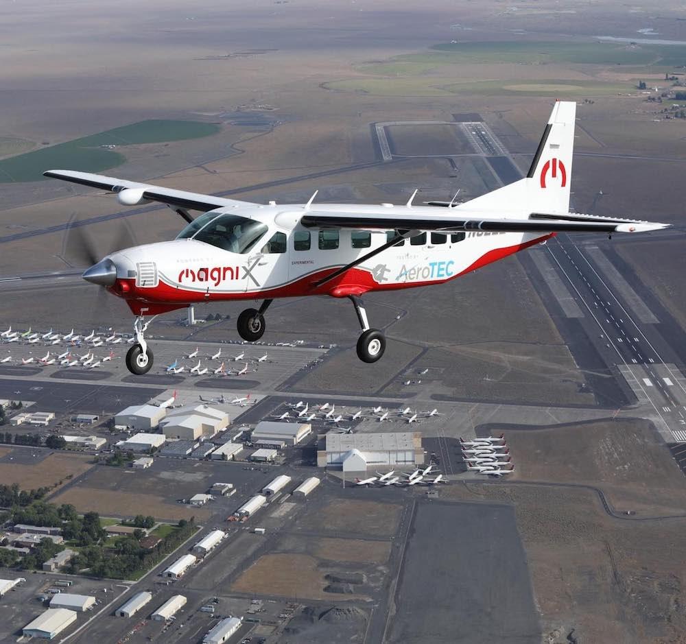 El avión eléctrico más grande del mundo completa con éxito su primer vuelo