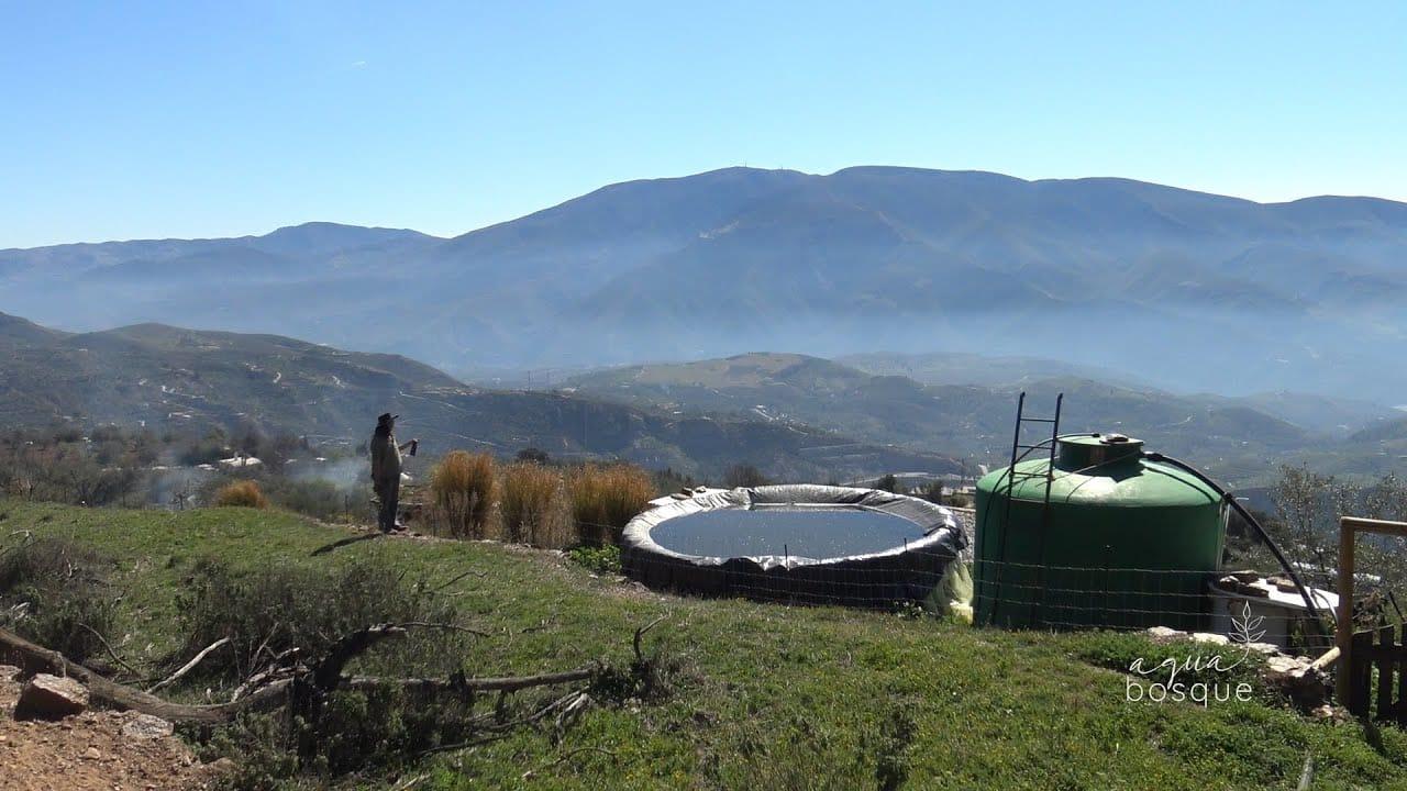 Cómo almacenar 23.000 litros de agua con menos de 300 euros