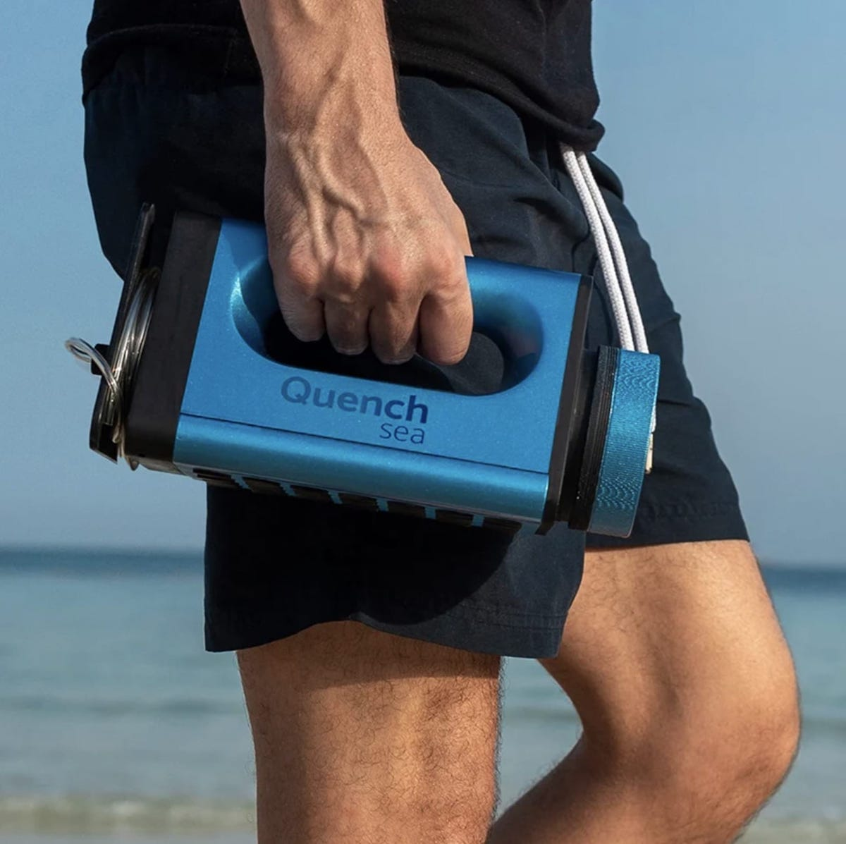 QuenchSea, un dispositivo portátil de bajo coste para convertir agua de mar en agua dulce sin electricidad