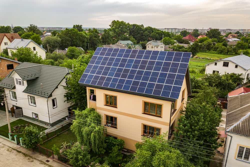 5 cosas que debes saber antes de comprar un panel solar