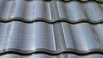 Tejas solares fotovoltaicas de vidrio made in Spain